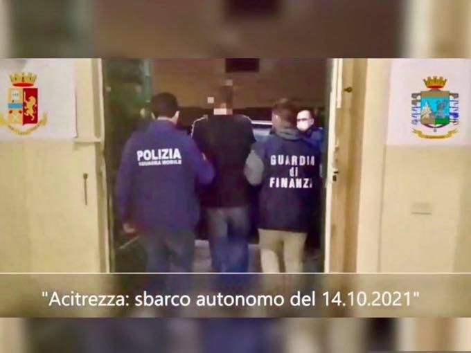 Sbarco Acitrezza: arrestati scafisti per immigrazione clandestina